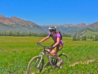 Exploring CB singeltrack with Colorado Backcountry mountain bike guides