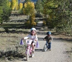 Mountain biking with kids on the lower loop in Crested Butte