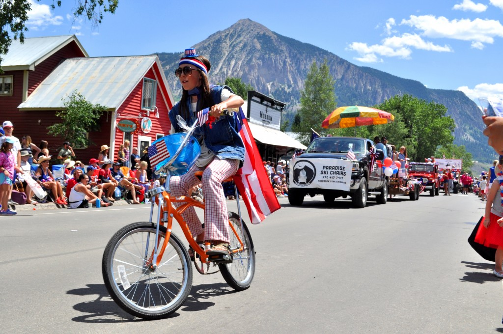 4th of july parade in crested butte